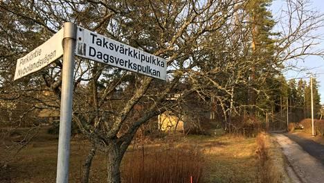 Taksvärkkipulkka on Perkiöntieltä lähtevä pieni poikkikatu Vantaanlaaksossa.