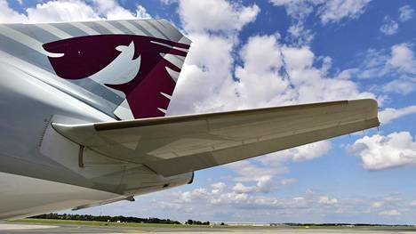 Qatar Airwaysin lentokoneen pyrstö.