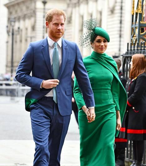 Prinssi Harry ja herttuatar Meghan jättivät hovin viime keväänä. Pari asuu nyt Yhdysvalloissa.