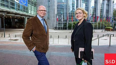 Eero Heinäluoma ja Miapetra Kumpula-Natri muodostavat yhdessä suomalaisten sosialidemokraattien edustuksen europarlamentissa.