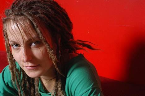 Mariska aloitti uransa räppärinä. Kuva on kymmenen vuoden takaa.