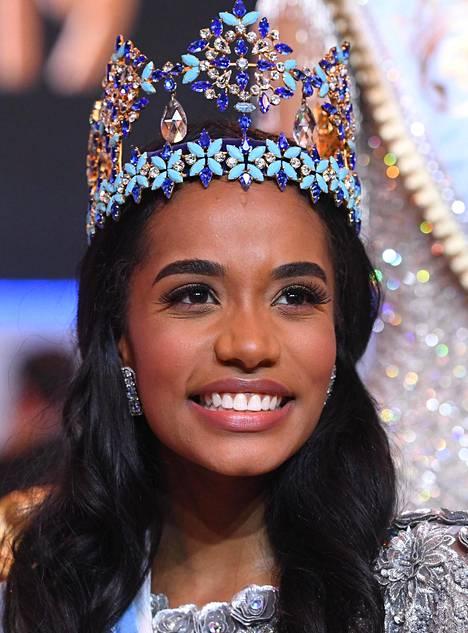 Uusi Miss Maailma on opiskellut Floridan osavaltionyliopistossa.