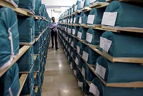 307 Srebrenican verilöylyn uhria haudataan muistojuhlassa perjantaina.
