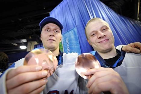 Olympiapronssi maistui Joni Pitkäselle ja Lasse Kukkoselle.
