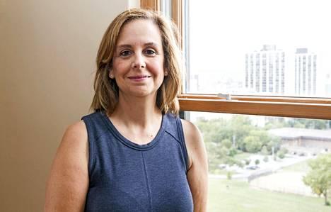 Chicagolainen asuntolainoittaja Linda Deroeck äänestää Hillarya.