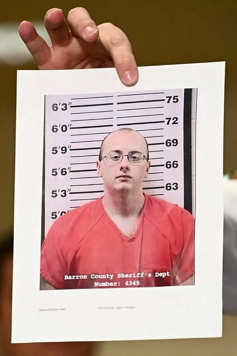Epäilty on 21-vuotias Jake Patterson.