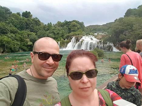 Matkustelusta nauttiva pari nautti tänä vuonna Kroatian lämmöstä.