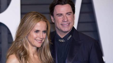 Leskeksi jäänyt John Travolta kertoo, kuinka selvisi surusta – kuvailee joutuneensa epätodelliseen tilanteeseen vaimonsa kuoleman jälkeen