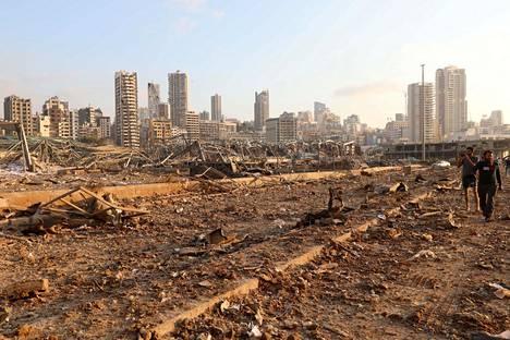 Räjähdyspaikan lähellä otettu kuva osoittaa tuhojen voimakkuuden.