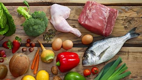 Ketoosiruokavaliossa nautitaan lähinnä tiettyjä vihanneksia sekä proteiinia.