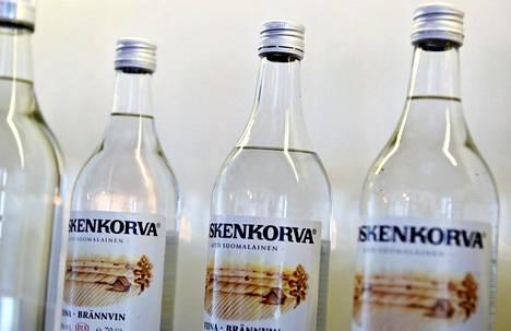 Koskenkorvan viina on yksi tunnetuimpia Altian väkijuomia.