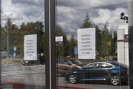 Liike suljettiin kranaattilöydön takia.