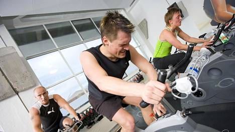 Tutkimuksessa seurattiin sekä tasasykkeisen että kovatehoisen harjoittelun vaikutusta sekä terveillä että tyypin 2 diabetesta tai sen esiastetta sairastavilla henkilöillä.