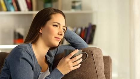 """""""Rauhallisen utelias ja toiveikas"""", kuvailee työterveyspsykologi oloa, jollainen lomalta palaavalla työntekijällä ihannetilanteessa olisi."""