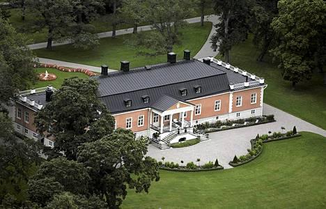 1300-luvulla perustettu Joensuun (Åminnen) kartano Halikossa.