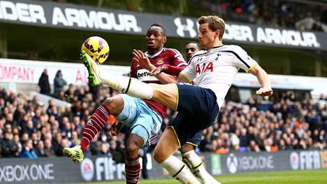 West Ham ja Tottenham pelasivat tasapelin.
