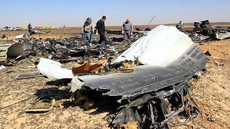 Venäläinen matkustajakone putosi lokakuussa Siinain niemimaan yläpuolella. Kaikki koneessa olleet 224 ihmistä kuolivat.