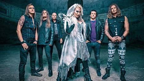 Battle Beast on julkaissut viisi studioalbumia. Niistä kolme viimeisintä on noussut Suomen listaykkösiksi.
