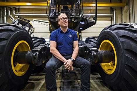 Toimitusjohtaja Juho Nummela haluaa pitää Ponssen tarinan kirkkaana myös tulevaisuudessa. Vahva yritystarina on kilpailuetu, sillä tuotteet myydään yrittäjille.