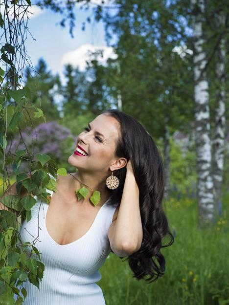 Vuoden 2008 Miss Suomi on tunnetaan nykyään Satu Aarniona.