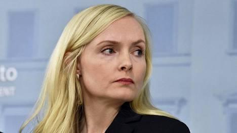 Sisäministeri Maria Ohisalo (vihr.) uuden hallituksen tiedotustilaisuudessa valtioneuvoston linnassa Helsingissä 10. joulukuuta 2019.