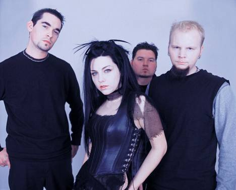 Yhtye vuonna 2003.