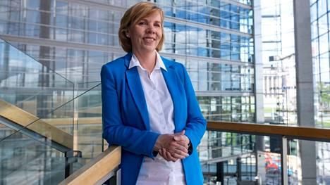 RKP:n puheenjohtaja Anna-Maja Henriksson osallistui keskiviikkona Ilta-Sanomien Vaaligrilliin.