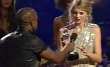 Gaalan puheenaiheeksi nousi Kanye Westin veto keskeyttää Taylor Swiftin kiitospuhe.