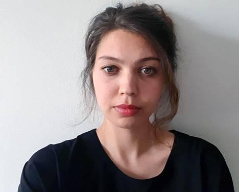 Helsingin yliopiston tutkijatohtori Daria Krivonos on selvittänyt ukrainalaisten kausityöntekijöiden oloja Suomessa.