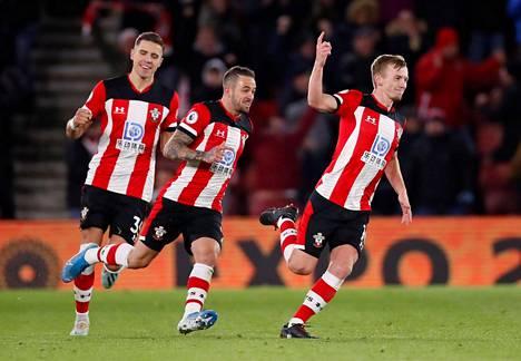 Southampton voitti Norwichin 2–1