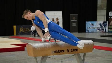 Oskar Kirmes eteni kuusiottelun MM-finaaliin. Arkistokuva syyskuun SM-kisoista.