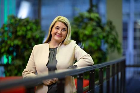 Siivousyrittäjä Mari Laaksonen on laskenut, että pienituloinen voisi menettää jopa yli kuukauden palkan ruuhkamaksuihin.
