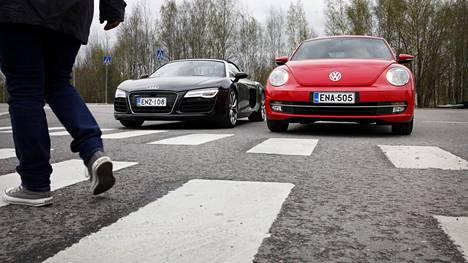 Liikenneturvan mukaan suojatieonnettomuudet ovat suurelta osin inhimillisen virheen seurausta.