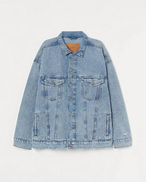 H&M:n oversize-farkkutakki kuuluu brändin kestävämpään Conscious-mallistoon, 39,99 €.