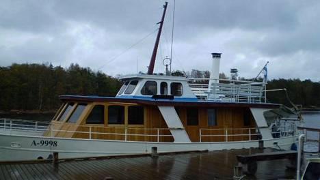 Charlotte-alus on ollut vuodesta 2017 asti jumissa Viipurin satamassa.
