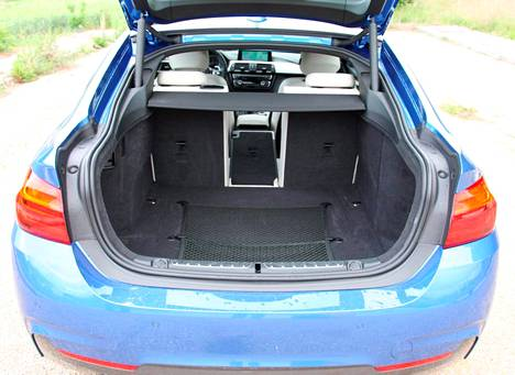 Coupe-malli lisää tavaratilan käytettävyyttä.