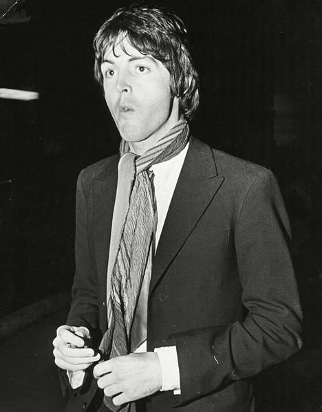 Suklaasilmäinen Paul McCartney villitsi naisia The Beatlesin huippuvuosina.