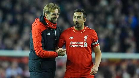 """Entinen Liverpoolin tähti sairastui aivosyöpään 32-vuotiaana, kertoo nyt rankoista hoidoista – """"En pysty enää itkemään"""""""
