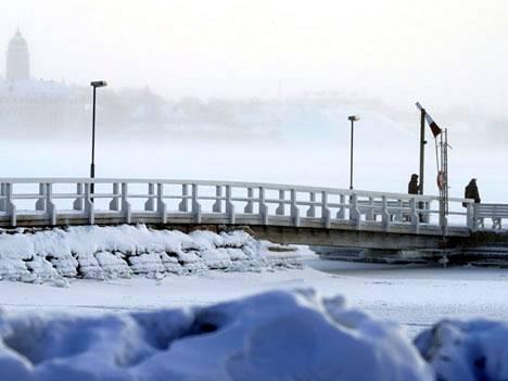 Suomi on liian kylmä ja kaukana EU:n talouden kuumista keskuksista, arvelevat FT:n lukijat.