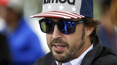 Fernando Alonsolta kova väite Räikkösen korvaajan ja Bottaksen asemasta