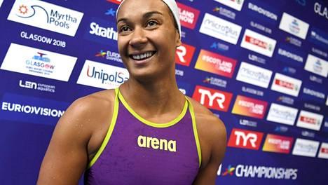 Mimosa Jallow 50 metrin selkäuinnin EM-finaaliin – välierien kolmanneksi nopein!