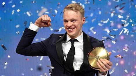 Iivo Niskanen palasi Urheilugaalassa olympialaisten kultahiihdon kohtalonhetkeen – kertoi kesken kisan saamastaan neuvosta