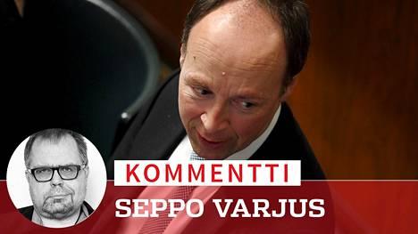 Jussi Halla-ahon puolue kulkee poliittisen kentän toisella puolella kauan sitten tallattua polkua.