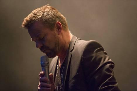 Jari Sillanpää esiintyi Tangomarkkinoilla perjantaina.