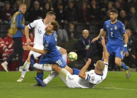 Italialla oli peli hallussaan, vaikka Suomi pysytteli tiukasti kannassa.