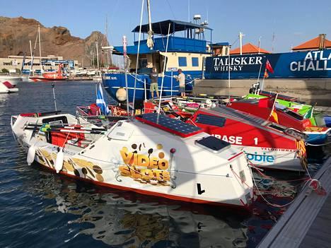 Sam Öhmanin vene menee myyntiin, kun se tuodaan Kanarialta.