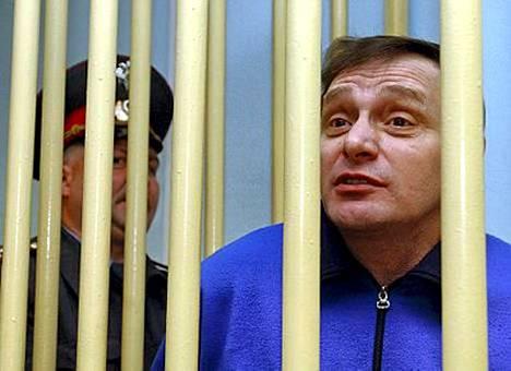 Mihail Trepashkin kertoi kirjeessä oman versionsa ystävänsä Aleksandr Litvinenkon murhasta. Teksti syntyi kaltereiden takana.