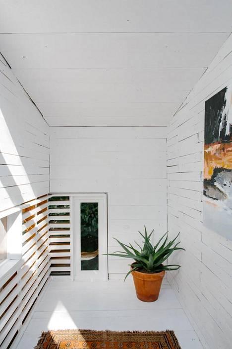 Mökin rakennus- ja viimeistelymateriaalit ovat vaatimattomat.