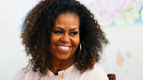 Michelle Obaman perheeseen kuuluvat hänen äitinä ja veljensä. Obaman isä kuoli jo liki 30 vuotta sitten.