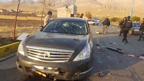 Kauko-ohjattu konekivääri ampui 15 luotia kohti Mohsen Fakhrizadehin autoa.